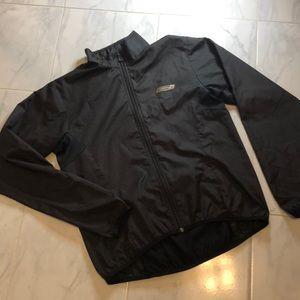 Sugoi black running zip up jacket. EUC!